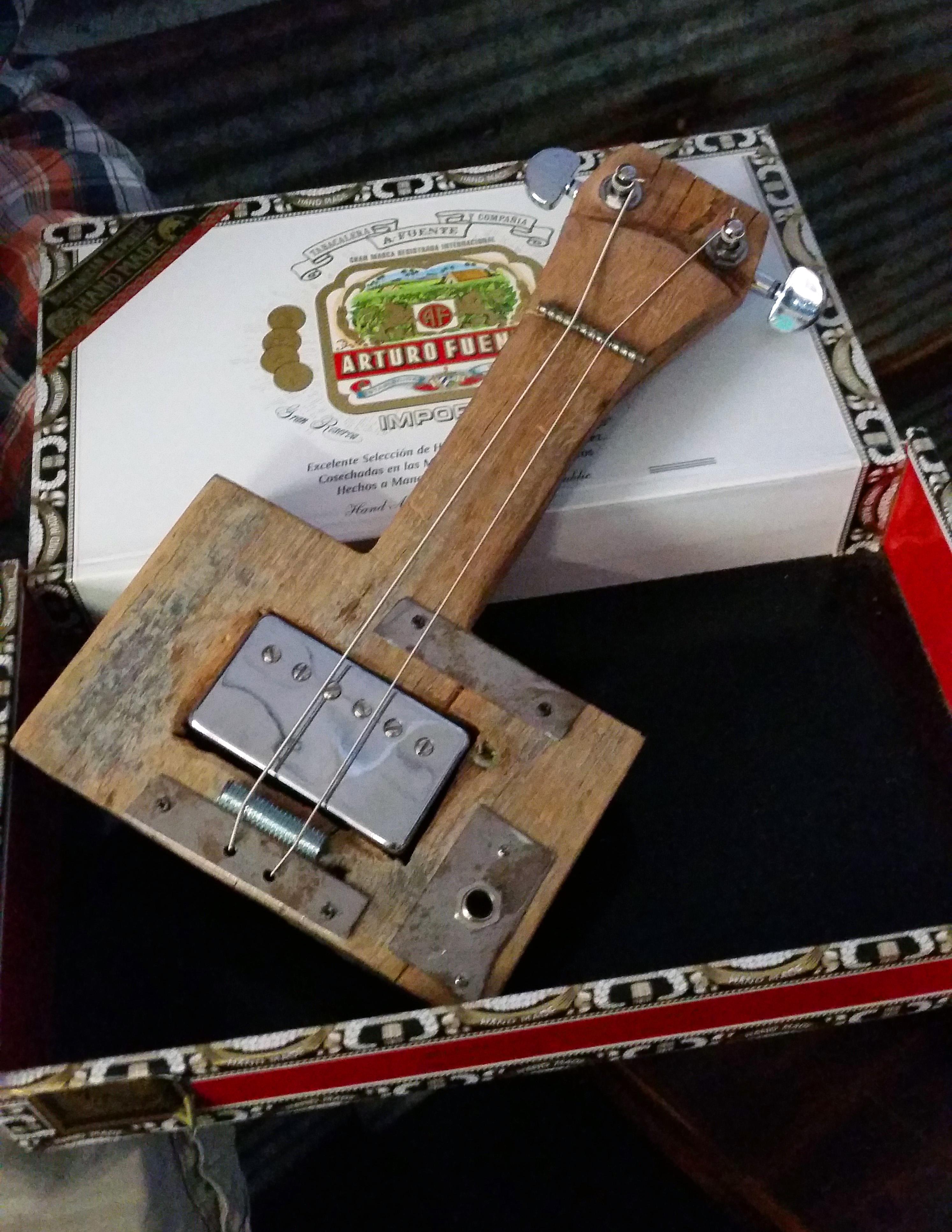 Wallace Kemp's Mini Bass