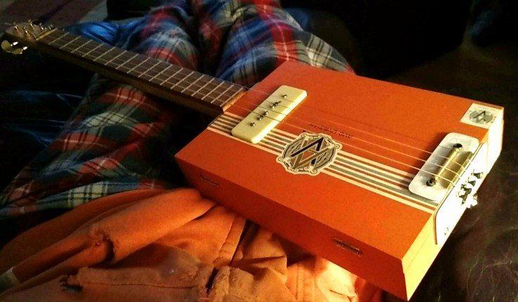 rooster run cigar box guitar 2